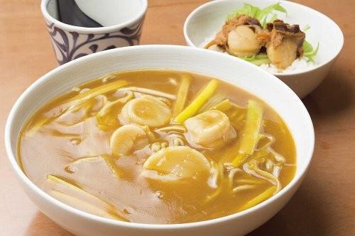 ミニ帆立丼と道産帆立カレー蕎麦